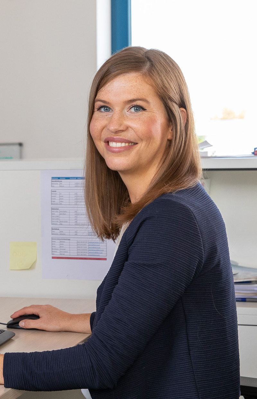 Laura Kadery, Datenschutzfachkraft