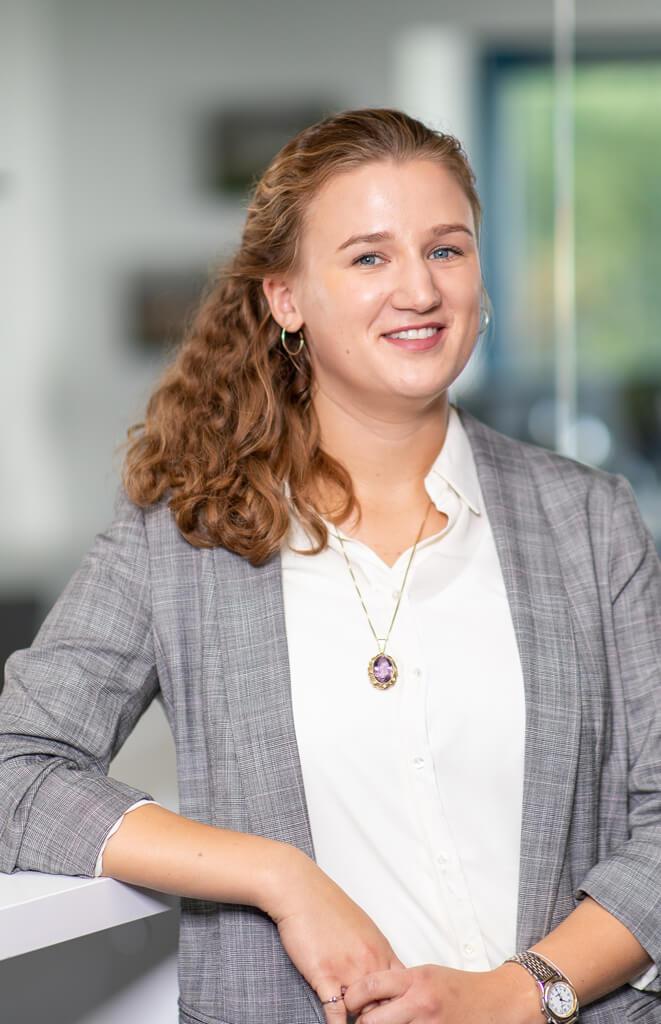 Kira Herchner, Datenschutzfachkraft